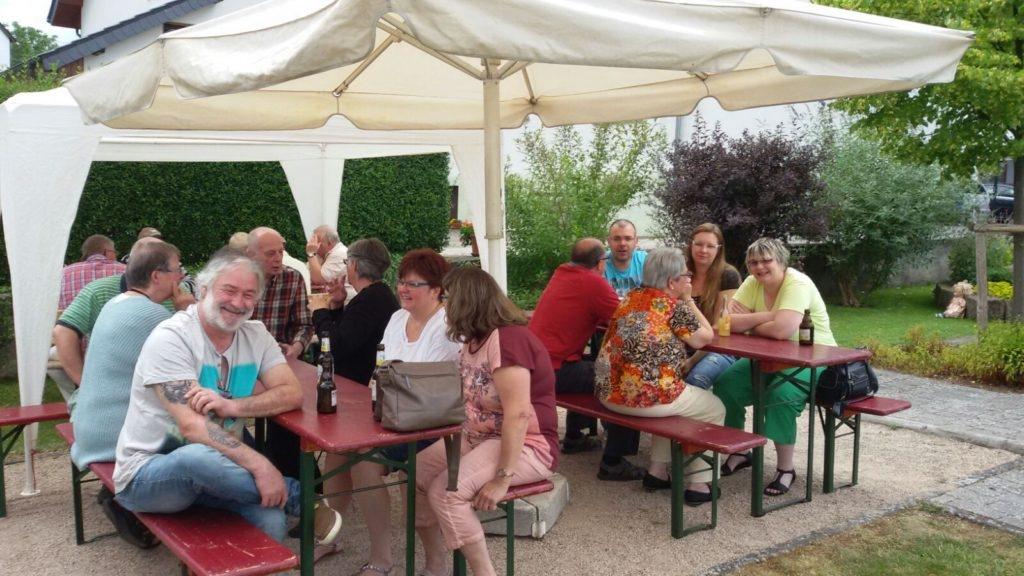 Das schöne Wetter am Sonntag lockte viele Gäste aufs Brunnfest. Foto: Jens Mertens